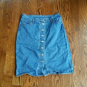 Levi's Denim Skirt 28
